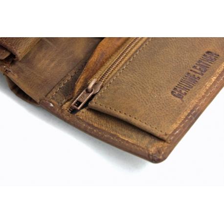 9d2c6024f95b9 Mały portfel męski Always Wild ze skóry nubukowej