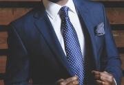 Czy elegancki człowiek zarabia więcej?