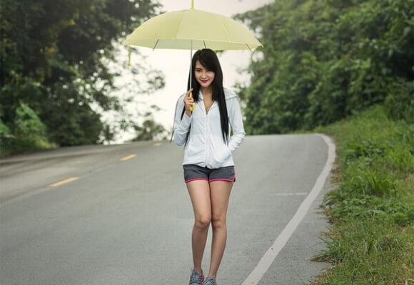 Jak pozostać stylowym, nawet podczas deszczu?